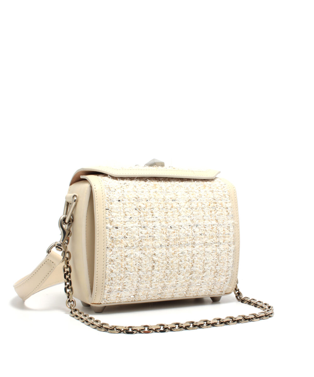 AMQ-Box-Bag-19-Off-White-5011059P21Y9001-Side