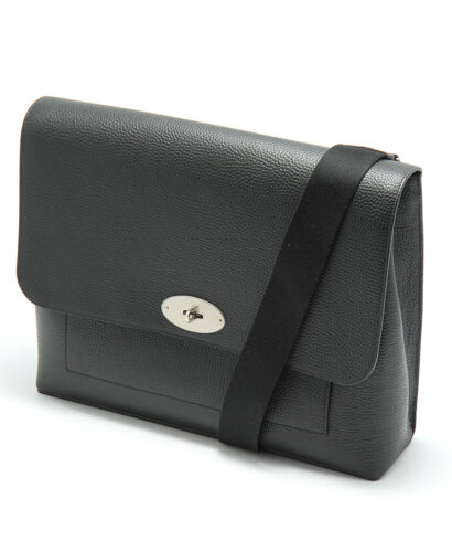 Mulberry-east-west-antony-black-hh4523-346a100side