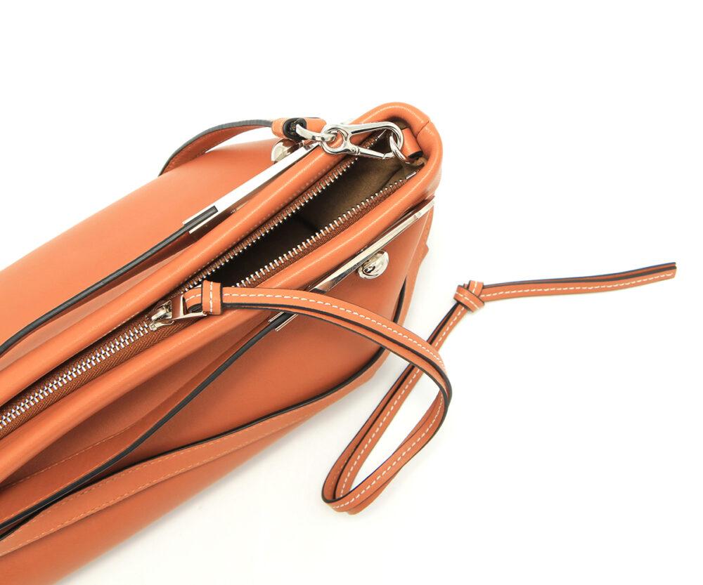 Loewe-Missy-Bag-Tan-32781R95-2530-Detail