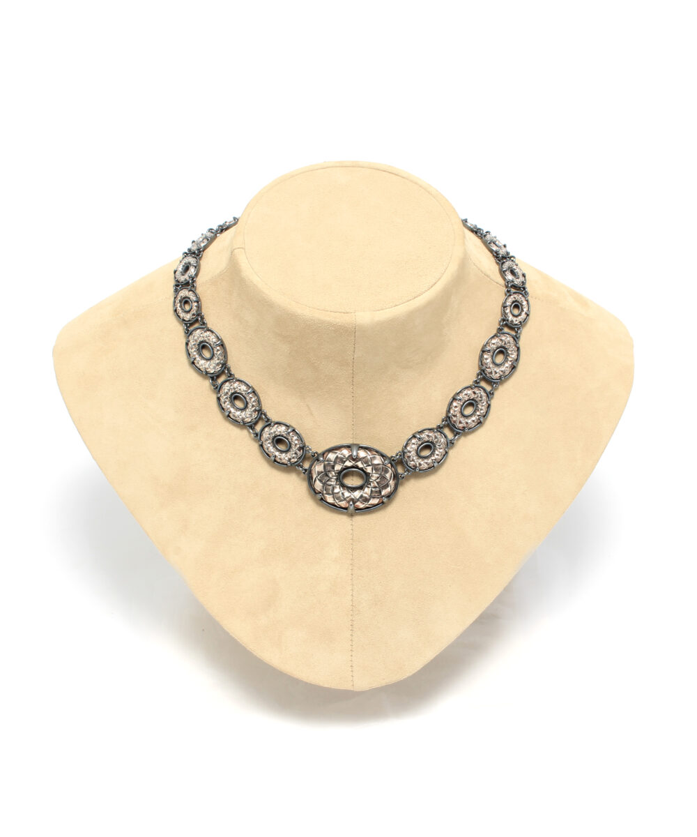 BV-Necklace-Oval-DIamonds-407009VAWT18183-Detail